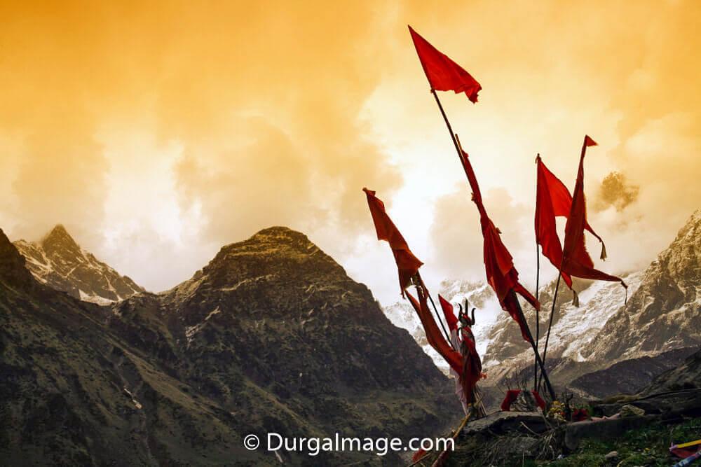 Best Kedarnath Pics & Quotes for Instagram